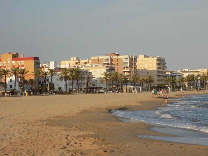 песчаные пляжи сегур де калафель
