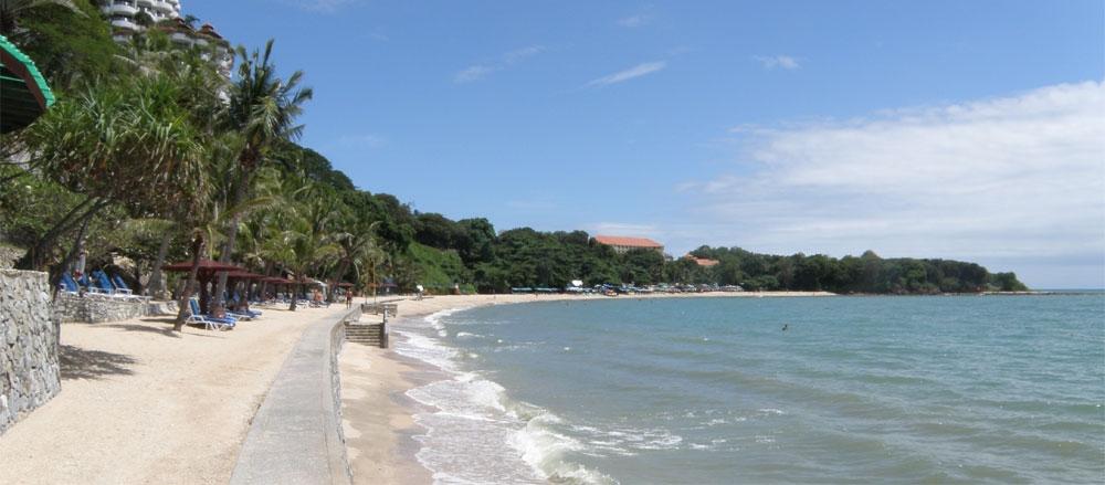 pratumnak beach pattaya