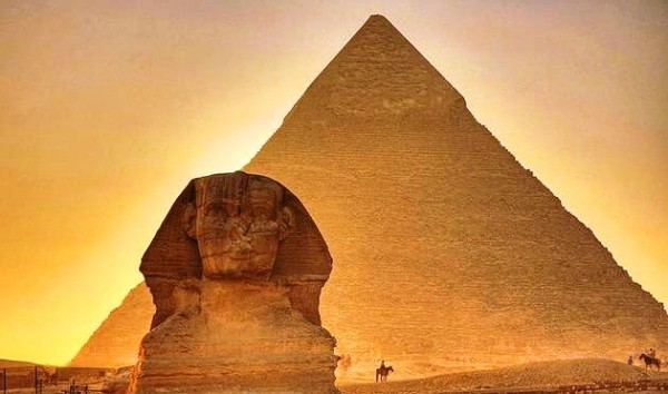 1_Пирамида_Хеопса_закрылась_на_ремонт