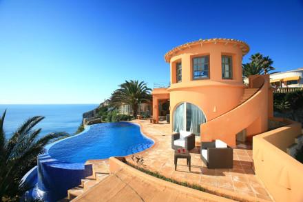 квартира у моря в испании