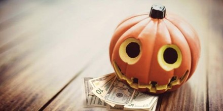 halloween-money-lessons-to-make-kids-financially-smart